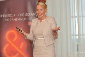 Carolin Amerling Köln Bergisch Gladbach Charisma Präsentationstraining Kommunikationstraining